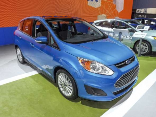 Sectioning and Partial Part Replacement: 2017 Ford C-MAX Hybrid