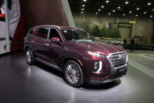 2020 Hyundai Palisade equipped with Ultrasonic Rear Occupant Alert.