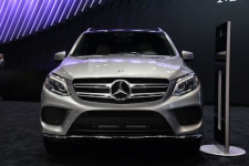 Mercedes-Benz Glass Replacement Requirements