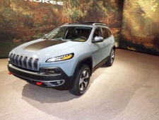 Sectioning and Partial Part Replacement: 2017 Jeep Cherokee
